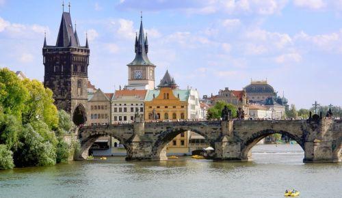 Turistické cíle v Praze : Karlův most