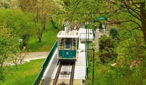 Turistické cíle v Praze: Lanovka na Petřín